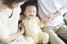 Công dân Việt Nam nhận trẻ em nước ngoài làm con nuôi